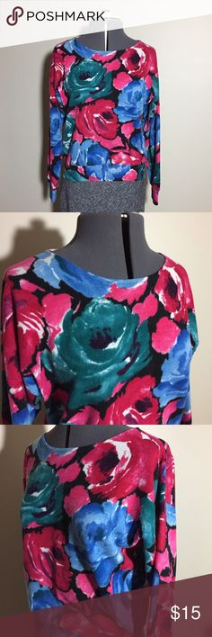 "Vintage Rose Print Sweater Vintage Rose Print Sweater. There are no tags for size or material. Measures as a slightly oversized S: 14"" across neck, 22"" across shoulder seams, 19"" sleeve from shoulder seam, 21"" across chest, 21"" long. MC/12617 Vintage Sweaters Crew & Scoop Necks"
