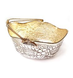 Vintage Sheffield Silver Plated fruit bowl  by millyscollection