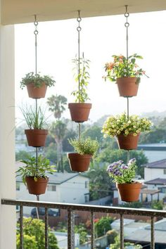 Wonderful little apartment balcony decor ideas with beautiful plants – plants … - Pflanzideen Indoor Garden, Indoor Plants, Outdoor Gardens, Home And Garden, Small Patio Gardens, Small House Garden, Small Balcony Garden, Small Balconies, Balcony Gardening