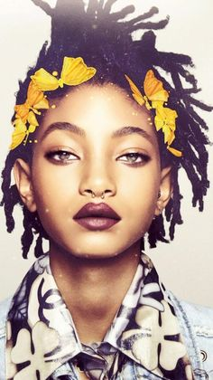 A queen at just 15, and wearing Chanel no less. | Willow Smith Took A Bunch Of Snapchats In Chanel And It Was Incredible