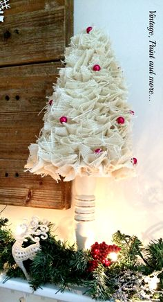 Vintage, Paint and more... Let It Snow Mantel  - inspiration - no instructions for the tree -