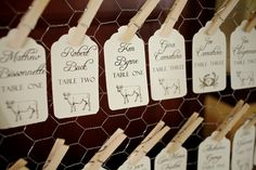 Very cute escort cards ;) Photography by readyluck.com