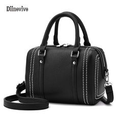 FASHION EUROPEAN AND AMERICANS STYLE RIVET SHOULDER BAG