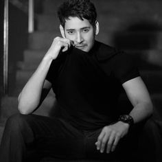 How to look more attractive and handsome? Actor Picture, Actor Photo, New Images Hd, Mahesh Babu Wallpapers, Who Knows Me Best, How To Look Attractive, Allu Arjun Wallpapers, Joker Face, Vijay Devarakonda