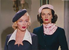"""Marilyn Monroe and Jane Russell - """"Gentlemen Prefer Blondes"""" - 1953 Hollywood Icons, Old Hollywood Glamour, Vintage Hollywood, Classic Hollywood, Cinema Paradisio, Jane Russell, Gentlemen Prefer Blondes, Norma Jeane, Old Movies"""
