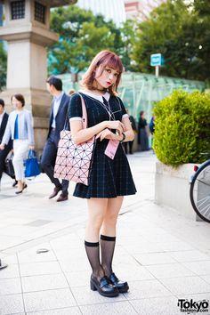 Harajuku Girl w/ Pink Hair in Peter Pan Dress & Spinns Accessorieshttp://spotpopfashion.com/b9h7