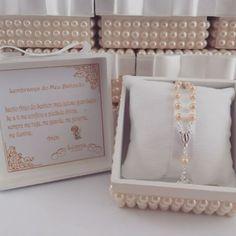 Sofisticação e delicadeza para o batizada da princesa Luana. Mimos de caixa.