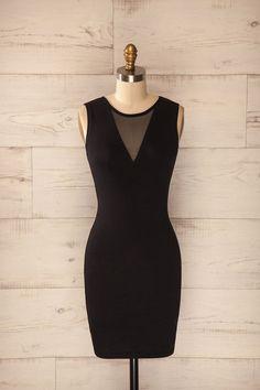 Messine ♥ Cette petite robe noire est très assurément synonyme de chic et d'audace http://amzn.to/2sUSflW