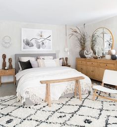 Cozy Bedroom Ideas, Most awesome bedroom design examples and tips. Post status d. Cozy Bedroom Ideas, Most awesome bedroom design examples and tips. Cozy Bedroom, Home Decor Bedroom, Bedroom Ideas, Bedroom Designs, Bedroom Interiors, Decor Room, Bedroom Inspiration, Bedding Decor, Couple Bedroom Decor