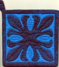 Kits: Ti Leaf Hawaiian Pot Holder Kit - This kit is a great first Hawaiian quilt project. Or a good small quilted gift.