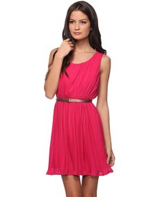 Loving anything Fuchsia!  Forever 21 probably my favourite store! prices are cheap and the looks are amazing!