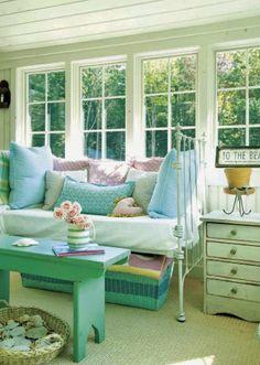 cozy daybed | Tracey Rapisardi Design