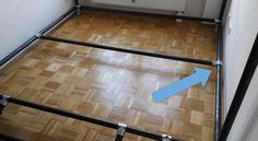 Fußboden Aus Papier ~ Sie klebt tagelang papier auf den boden u2013 der grund ist einfach