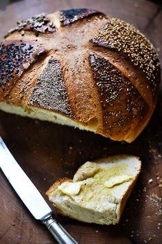 Six Seed Star Bread