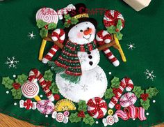 Candy Snowman Felt Tree Skirt Bucilla Applique Kit 86307 Xmas Opened Complete for sale online Felt Ornaments, Christmas Tree Ornaments, Felt Crafts, Christmas Crafts, Jeweled Christmas Trees, Felt Christmas Stockings, Felt Tree, Patch, Handmade Christmas