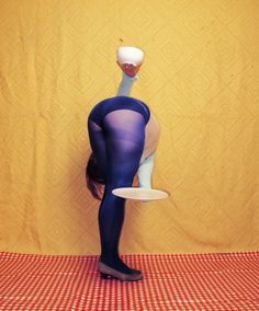 Discomforting yet Humorous Positions by Photographer Isabelle Wenzel   /   http://photovide.com/?p=174225