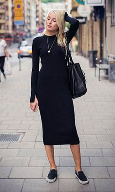 Sneakers Outfit Skirt Inspiration Ideas For 2019 All Black Dresses, Black Dress Outfits, All Black Outfit, Trendy Dresses, Casual Outfits, Rugged Style, Fashion Moda, Look Fashion, Fashion Women