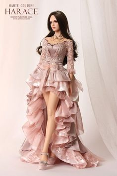 1 million+ Stunning Free Images to Use Anywhere Barbie Gowns, Doll Clothes Barbie, Barbie Dress, Beautiful Barbie Dolls, Pretty Dolls, Cute Dolls, Fashion Royalty Dolls, Fashion Dolls, Barbie Mode