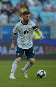Lionel Messi w Copa America 2019 Argentyna Best Football Players, Football Is Life, Men's Football, Soccer Players, Fc Barcelona, Lionel Messi Barcelona, Lional Messi, Messi Soccer, Soccer Guys