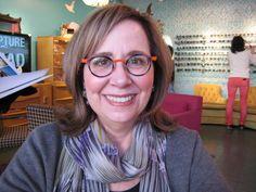 Caroline in her Anne et Valentin Fanzine frames!
