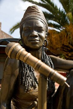 Life—size bronze outside the Bassline music venue in Newtown, Johannesburg Sculptor - Angus Taylor Bronze Sculpture, Sculpture Art, Sculptures, African Artists, Black Artists, Brown Girl, Women In History, Types Of Art, African Women