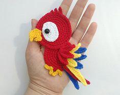 PATTERN Parrot Applique Crochet Pattern PDF Tropical Bird Crochet Applique Pattern Baby Shower Gift Motif Ornament Baby Blanket ENG