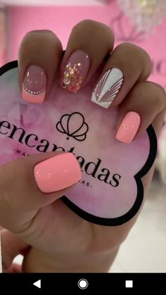 MODELO SENCILLO DECORACION EN VARIOS TONOS Nail Art Hacks, Gel Nail Art, Hello Nails, Short Nail Manicure, Vacation Nails, Pretty Nail Designs, Fire Nails, Best Acrylic Nails, Bridal Nails