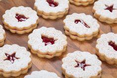Linecké koláčiky - Recept pre každého kuchára, množstvo receptov pre pečenie a varenie. Recepty pre chutný život. Slovenské jedlá a medzinárodná kuchyňa