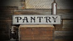 Groceries & Dry Goods Sign - Kitchen Distressed Primitive Rustic Hand Made Vintage Country Wall Decor Wooden Pantry Signs For Decorations Rustic Signs, Wooden Signs, Rustic Decor, Vintage Decor, Vintage Room, Vintage Signs, Vintage Bakery, Antique Signs, Vintage Colors