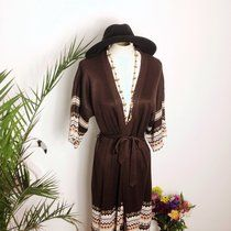 Vintage 1970s longline cardigan jacket with waist tie and Far-lisle design. Fits from uk 8-14 depending on how you like your fit ⭐️ Get festival ready! ⭐️ #roses #60s #70s #arty #artist #boho #bohemian #bohovintage #bohostyle #bestival #crystal #coachella #eco #ecochic #fringe #kimono #hippy #hippygirlfriend #embroidered #elegant #festival #gypsy #hippy #hippydesign #hippylife #ibiza #instagood #jewellery #love #lookbook #mylife #muse #newlines #opal #peace #romantic #rainbow…