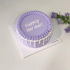 Pretty Birthday Cakes, Pretty Cakes, Beautiful Cakes, Cake Birthday, Pastel Cakes, Purple Cakes, Mini Cakes, Cupcake Cakes, Simple Cake Designs