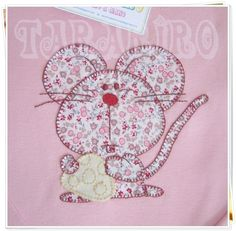 Mouse appliqué, like the oversized head and tiny eyes Applique Templates, Applique Patterns, Applique Quilts, Applique Designs, Embroidery Applique, Quilt Patterns, Embroidery Designs, Sewing Patterns, Machine Applique