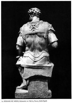 medici chapel - giuliano back Italian Renaissance, Renaissance Art, Florence Tours, Sculpture Art, Sculpture Ideas, Art And Architecture, Art History, Amazing Photography, Michelangelo