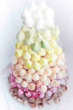 Meringue Kisses Christmas Tree. Move Over Macarons And Cupcakes