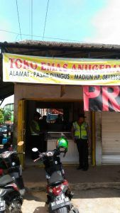 Jelang Ramadhan Polisi Tingkatkan Patroli Di Toko Emas