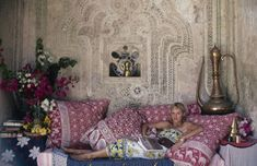 The Lure Of Lamu - Kenia - photo Slim Aarons Slim Aarons, Saint Tropez, Attractive People, Town And Country, Canvas Pictures, Canvas Frame, Decoration, Vintage Photos, Kenya