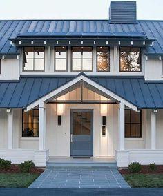 Beautiful Modern Farmhouse Exterior Design 57