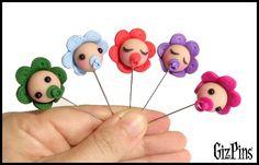 """Alfileres de novia """"Bebé"""". Solicita tu catálogo con toda la info a gizpins@hotmail.com También en http://www.gizpins.es"""