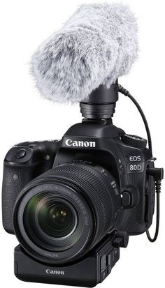 #Canon80D arrives 'armed to the teeth'