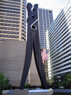 'Clothespin' (1976) by Claes Oldenburg. Oldenburg is famous for gigantic.. ordinary objects. Stainless steel sculpture near Philadelphia's City Hall, 45-foot-high, 10-ton.