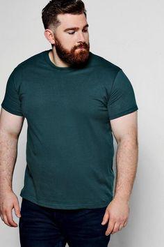 boohoo Big And Tall Basic Crew Neck T-Shirt Chubby Men Fashion, Mens Plus Size Fashion, Tall Men Fashion, Mens Fashion, Big And Tall Style, Big And Tall Outfits, Mens Big And Tall, Outfits For Big Men, Plus Size Men