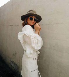 Arianne Witt - White Summer Look Cream White, Fashion Stylist, Summer Looks, Stylists, Summer Fashions, Summer Outfits, Summer Clothes
