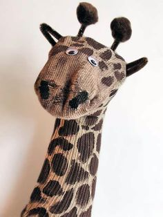 jirafa con medias                                                                                                                                                      Más