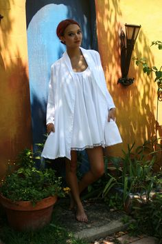 White Cotton Robe Vintage Full Swing Cut Open by SarafinaDreams