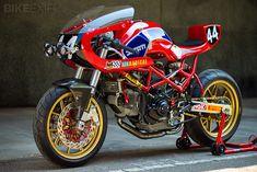 DUCATI (Italia) Monster M900