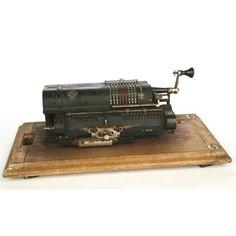 Antigua calculadora Británica