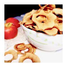 Chips de pommes, un snack healthy à manger sans modération Cookies, Breakfast, Ethnic Recipes, Desserts, Food, Apple Chips, Red Apple, Chocolates, Apples