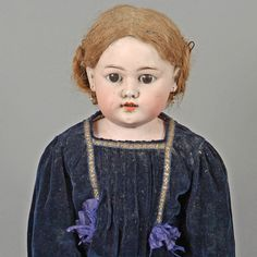 Porcelain head doll  Simon & Halbig 108 014, Gräfenhain, shoulder head doll with open mouth and sleep eyes, bright blonde human hair wig, earrings, mobile mass jointed body, fingers, largely undamaged, original clothing, cast good condition, H 81 cm, 1900