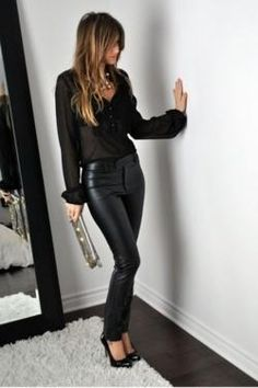 40 kantige und schicke Damen-Outfits Glam Rock # Women # for # Glam # Outfits Leggins, Trouser Outfits, Dress Outfits, Sexy Leggings Outfit, Bar Outfits, Vegas Outfits, Club Outfits, Midi Dresses, Black Leggings