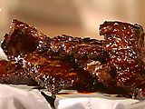 Hot Honeyed Spare Ribs in the Slow Cooker: Recipe by Sandra Lee